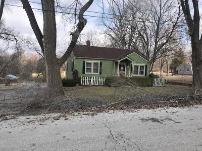 Cass County, Clay County, Platte County, Jackson County, Wyandotte County, Johnson-KS County, Leavenworth County Single Family Home Auction: 6904 E 68th Terrace