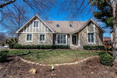Overland Park Single Family Home For Sale: 11408 Hemlock Street