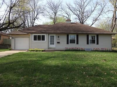 Overland Park Single Family Home For Sale: 10506 W 88 Terrace
