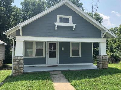 Cass County, Clay County, Platte County, Jackson County, Wyandotte County, Johnson-KS County, Leavenworth County Single Family Home For Sale: 3815 E 67th Terrace