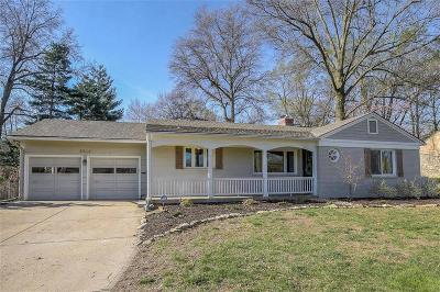 Leawood Single Family Home For Sale: 2815 W 92nd Street