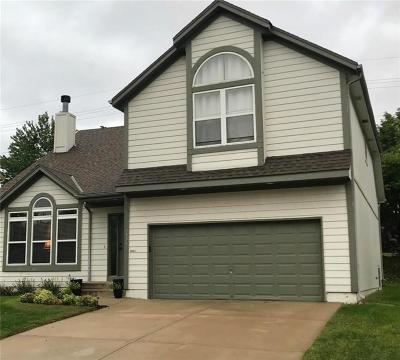 Overland Park Single Family Home For Sale: 7935 W 142nd Terrace
