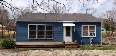 Independence Single Family Home For Sale: 2930 S Overton Avenue