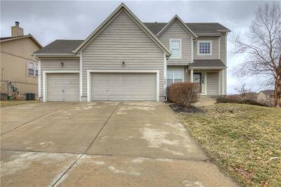 Kansas City Single Family Home Show For Backups: 1405 N 130th Terrace