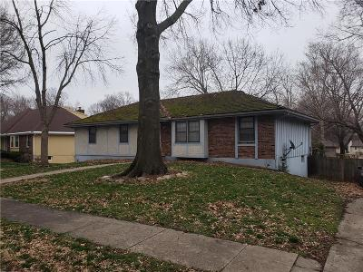Kansas City Single Family Home For Sale: 2433 83rd Lane