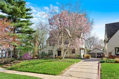 Kansas City Single Family Home For Sale: 419 W 70th Terrace