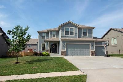 Greenwood Single Family Home For Sale: 1009 Bellflower Lane