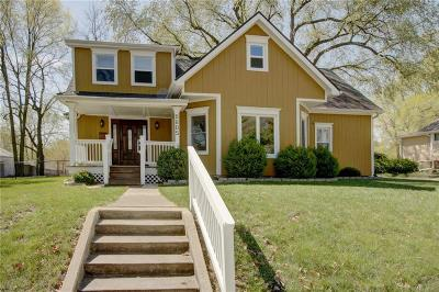 Merriam Single Family Home For Sale: 9605 Johnson Drive
