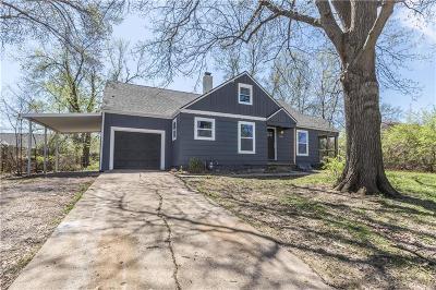 Kansas City Single Family Home For Sale: 12209 E 67th Street