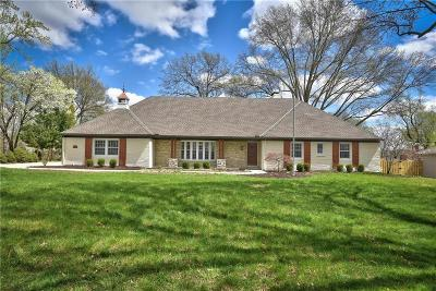 Leawood Single Family Home For Sale: 9819 Overbrook Road