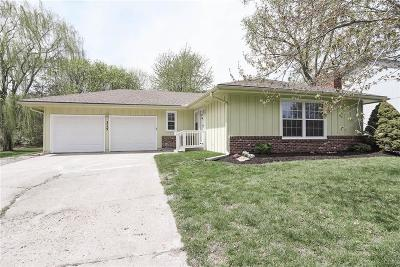 Olathe Single Family Home For Sale: 315 S Troost Street