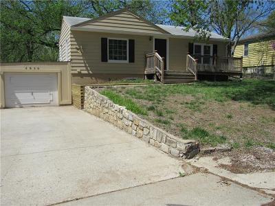 Kansas City MO Single Family Home For Sale: $124,000