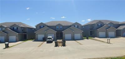 Warrensburg Multi Family Home For Sale: 425 Hawthorne Boulevard