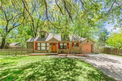 Prairie Village Single Family Home For Sale: 3231 Somerset Drive