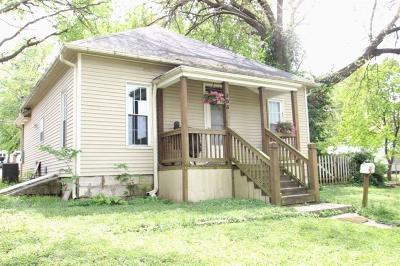 Paola Single Family Home For Sale: 205 W Kaskaskia Street