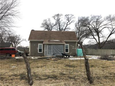 Single Family Home For Sale: 38011 W Ff Highway