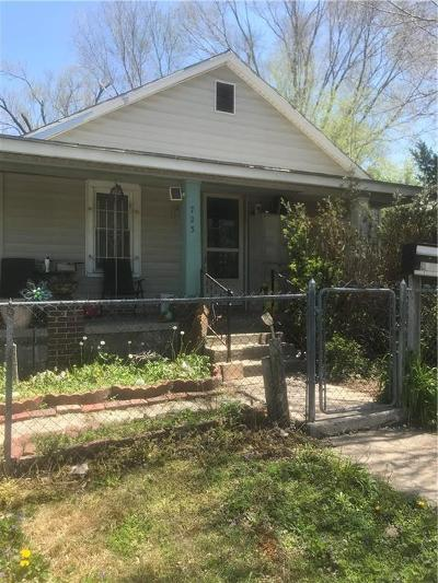 Kansas City Single Family Home For Sale: 723 S Mill Street