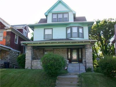 Kansas City Single Family Home For Sale: 2530 Benton Boulevard