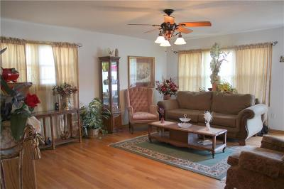 Kansas City Single Family Home For Sale: 3020 E 75th Street