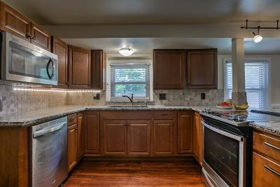 Roeland Park Single Family Home For Sale: 4731 El Monte Street