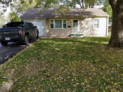 Raytown Single Family Home For Sale: 7025 Hunter Street