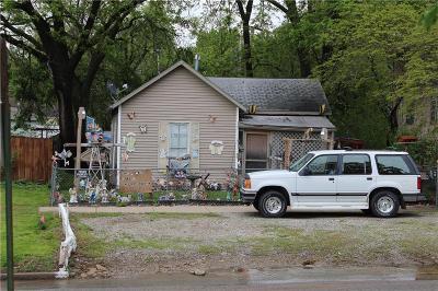 Ottawa Single Family Home For Sale: 207 S Ash Street