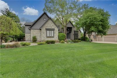 Leawood Single Family Home For Sale: 14813 Briar Street
