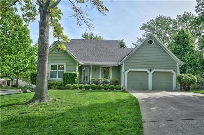 Lenexa Single Family Home For Sale: 15223 W 84th Street