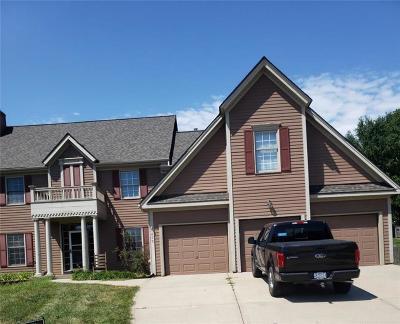 Kansas City Single Family Home For Sale: 1403 NE 94th Court