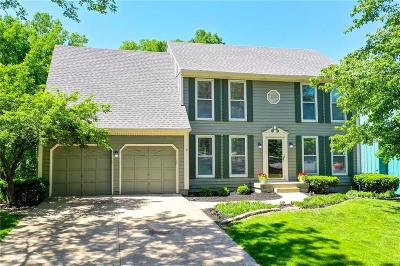 Lenexa Single Family Home For Sale: 15302 W 84th Street