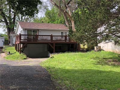 Kansas City Single Family Home For Sale: 5633 Clark Street #5633