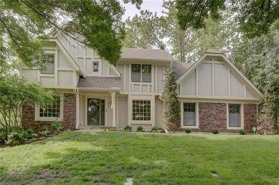 Overland Park Single Family Home For Sale: 12151 Farley Street