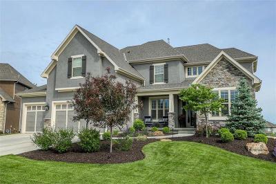 Lenexa Single Family Home For Sale: 8126 Millridge Street