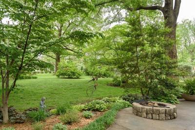 Leawood Single Family Home For Sale: 8500 Cherokee Lane