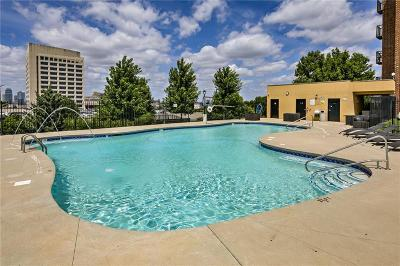 Kansas City Condo/Townhouse For Sale: 2933 Baltimore #600 Avenue #600