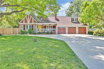 Overland Park Single Family Home For Sale: 6501 W 65 Terrace