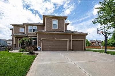 Olathe Single Family Home For Sale: 16526 S Lawson Street