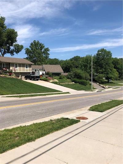 Kansas City Single Family Home For Sale: 5315 N Jackson Avenue