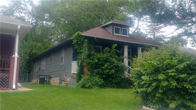 Kansas City Single Family Home For Sale: 4046 E 68th Terrace