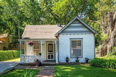 Lawrence Single Family Home For Sale: 917 E 13th Street
