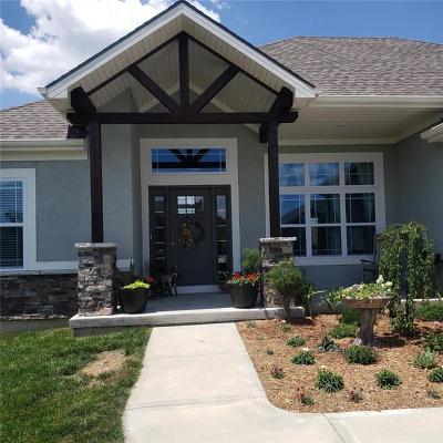 St Joseph Single Family Home For Sale: 19130 Tomahawk Lane