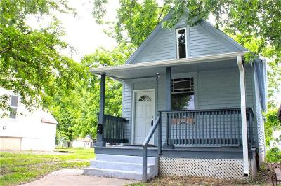 St Joseph Single Family Home For Sale: 821 S 18th Street