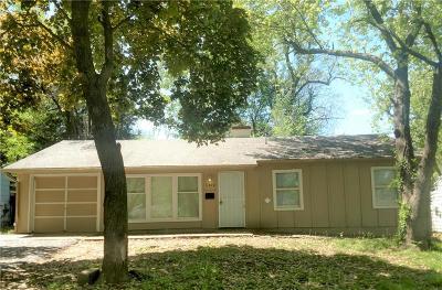 Kansas City Single Family Home For Sale: 11340 Sycamore Terrace
