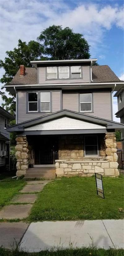 Kansas City Single Family Home For Sale: 115 N Lawn Avenue