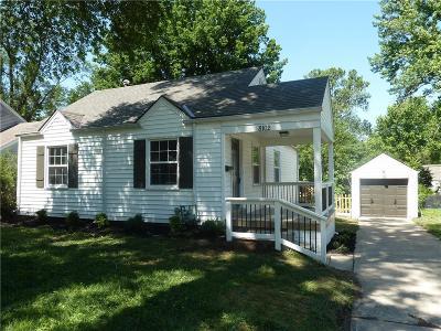 Kansas City Single Family Home For Sale: 8102 Summit Street