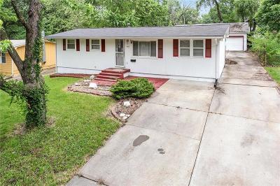 Kansas City Single Family Home For Sale: 8602 E 91st Terrace