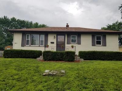St Joseph Single Family Home For Sale: 1835 Clay Street