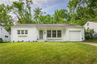 Kansas City Single Family Home For Sale: 311 E Sweeney Boulevard