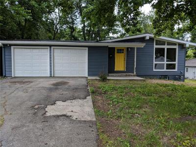 Single Family Home For Sale: 10403 E 39th Terrace