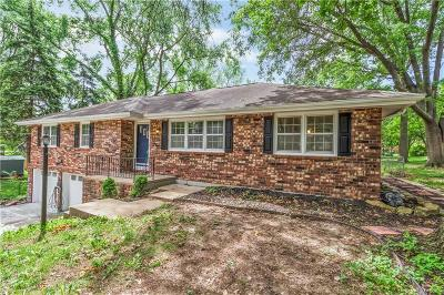 Weatherby Lake Single Family Home For Sale: 9805 NW 82nd Terrace